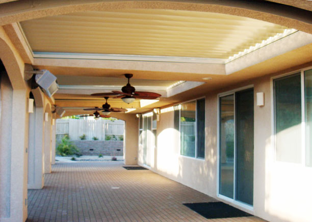 Equinox Louvered Roof